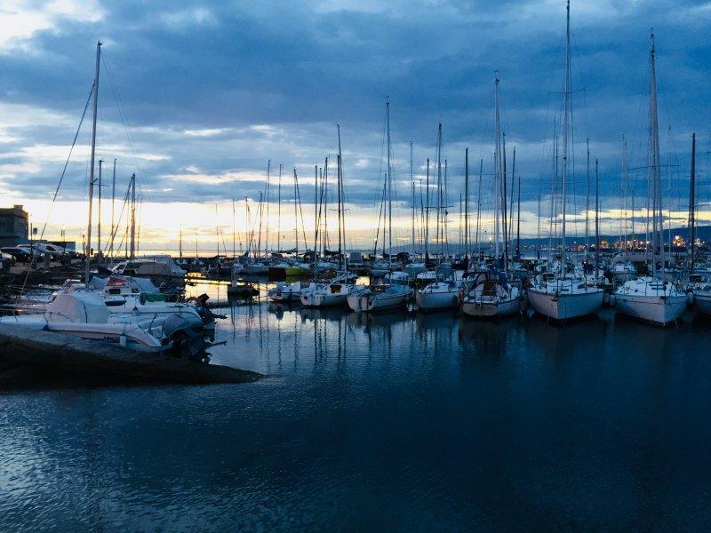 E37-3-Abendstimmung-Hafen-Muggia